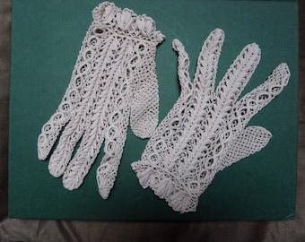 vintage gloves hook old cotton