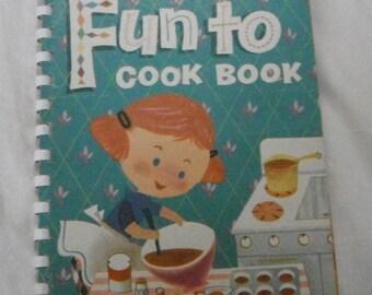 Vintage Fun to Cook Book 1955 Carnation  Margie Blake