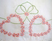 Vintage Embroidered Pillowcase - Single - Pink Daisy Hearts - Love Valentines Day Sweethearts - Vintage Bedding Sheets Linens - Collectible