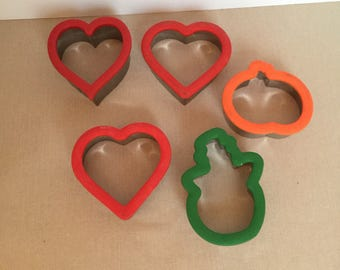 Lot of 5 Large Metal Cookie Cutters - Hearts, Snowman, Pumpkin
