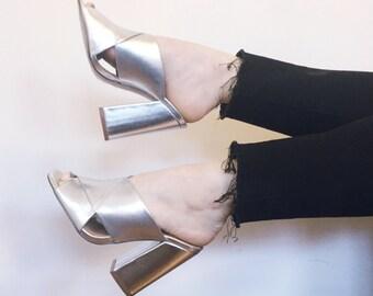 7.5 Silver Metallic Mules