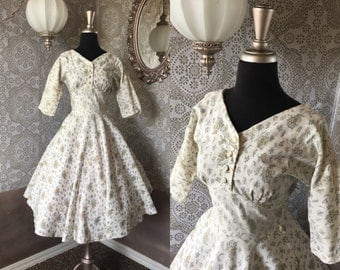 Vintage 1950's White and Gold Floral Dress with Full Skirt XS
