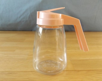 Vintage Syrup Creamer Honey Dispenser/ Pitcher / Federal Housewares / Clear Glass with Bright Pink Plastic Screw Lid