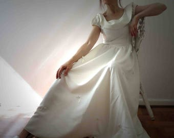 Vintage 50s Antique Ivory White Ribbon Dress Small