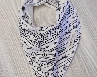 Cowl style bandana bib black arrows on white