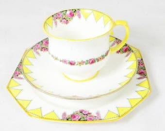 Art Deco Pink Roses Trio, Paragon Hand-painted Yellow Geometric Triangular Flag Bunting Bone China Tea Cup Saucer & Teaplate Set 1930