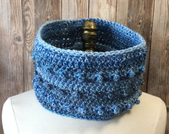 Crochet Neckwarmer, Women's Cowl, Circle Scarf, NeckWarmer, Crochet Cowl, Blue Neck Warmer