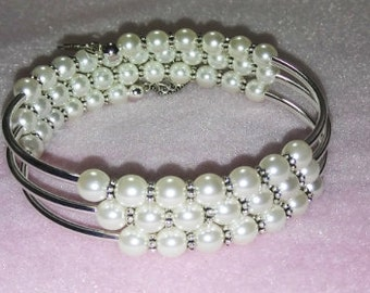 KIT---Triple Loop Memory Wire with Curved Tube Beads and White Czech Pearls-Instructions by Youtube Tutorial