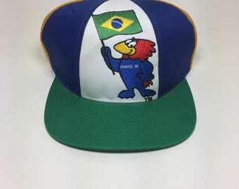 Vintage 1998 France World Cup Coupe Du Monde snapback hat with tag good condition