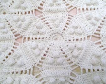 Antique Popcorn Crochet Bedspread Blanket Coverlet 93 x 56 Ivory Farmhouse Chic