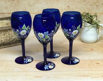 Cobalt Daisy Wine Glasses (Set of Four)