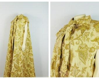 Vintage Opera Coat High End RARE Milgrim Brocade Golden Beige Iridescent Threads Mandarin Buttons Fully Lined