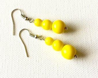 Yellow Earrings, Yellow Beaded Earrings, Yellow Dangle Earrings, Yellow Glass Earrings, Yellow Bridesmaid Earrings, Yellow Wedding Earrings