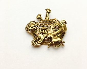 Vintage Noah's Ark Brooch, Animal Figural, Solid Gold Tone,  pre-holiday Sale, Item No. B040