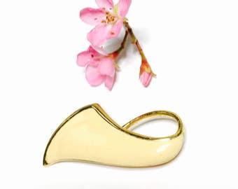 Vintage Monet Brooch, ivory enamel,  Gold Tone, Modern Design, spring Sale, Item No. B222