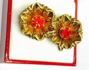 Vintage Coro Screw On Flower Earrings, Vintage Red Rhinestones, Gold Tone, Clearance Sale, Item No. B770