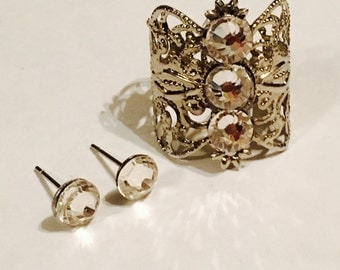 Crystal ring and earrings set, made in silver filigree, clear crystals, its sizable.