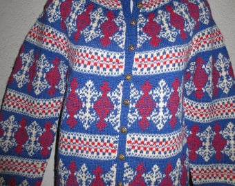 vintage 100% wool sweater hand made in Denmark by Paul Mage color blue navy blue size small