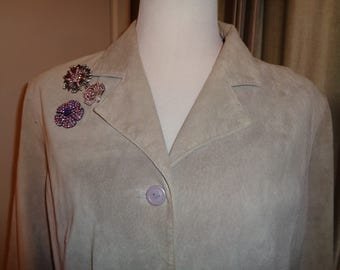 Pretty Pastel Purple Suede Jacket in Vintage Condition, A Size XL Female, Machine Washable Car Length Coat and lined with purple polyester