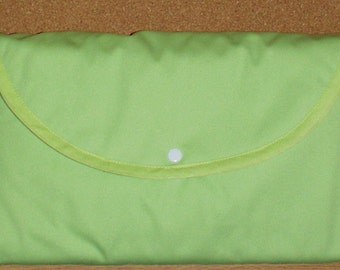 Baby Travel Change N Go Purse/Pad with Pockets Green  and Cupcakes Water and Urine Resistant Free Shipping