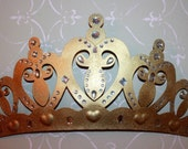 Gold bed crown