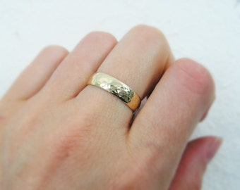 Mens wedding ring. Hammered wedding ring. Hammered matte wedding ring. Domed wedding ring. 14k yellow gold 5mm wedding ring (gr-9131-663)