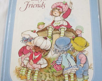 1980 childrens story book Strawberry Shortcake and her friends used fair conditon