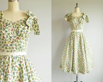 Vintage 40s Dress / 1940s Silk Novelty Print Circle Skirt Dress with Bows / Butterfly Print