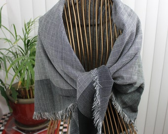 Vintage Black and Gray Houndstooth Scarf/Shawl