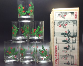 6-4oz Vintage Holly & Berries Glasses - Heavy Rock Tumblers by Wheaton 15158 with Box