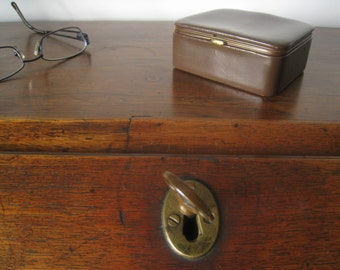 DUNHILL Mid Century Leather Hinged Box with Gold tone metal Rims.  Great for Travel.  For Jewelry or Other small Items.  Unisex
