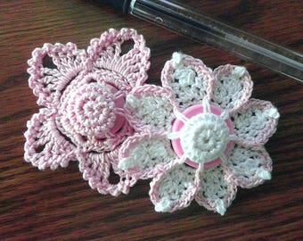 Button flowers #bf011 lot of 2 crochet appliques bouquet decoration adornment embellishment motifs wedding birthday