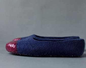 Felted ballet flats for women Dark blue wool slippers Felted wool indoor shoes Fuchsia glitter slippers for her