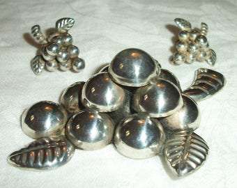 Mexican Silver ~ Brooch & Earrings ~ Vintage Grapes ~ Sterling ~ 1950's era