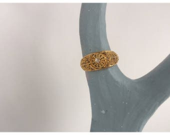 Stunning Intricate Piece -22k Gold Women's Ring
