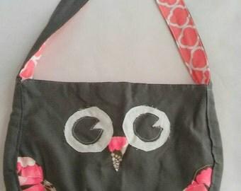 Gray and Coral Owl Shoulder Bag