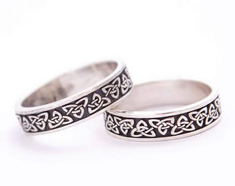 Celtic triangles ring   Whole lendht pattern celtic ring   Celtic ring