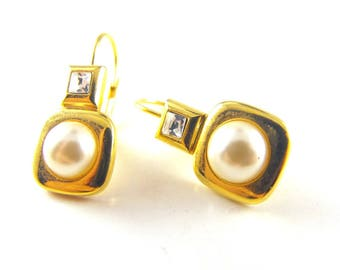 Vintage Earrings Classic Gold Tone Simulated Pearl Clear Crystal Accents For Pierced Ears