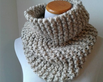 Knit scarf, chunky knit scarf in oatmeal, chunky knit cowl, circle scarf, cowl, winter accessories