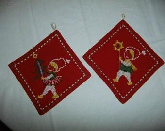 Vintage Swedish set of two hand embroidered pot holders - Christmas - Tomtar - Christmas tree