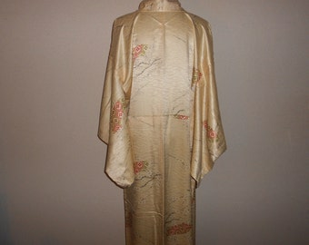 Vintage kimono - Plum flower, Rinzu silk