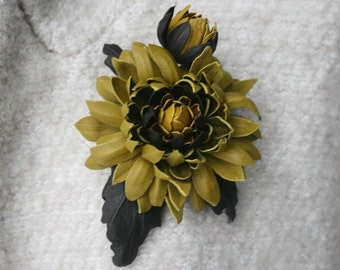 Olive Green/Brown Leather Chrysanthemum Flower Brooch/ Hairclip