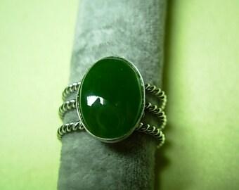 Jade, silver ring (.925)