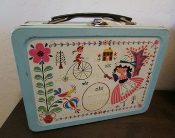 Cute folk art kitschy 1960's lunchbox with great colors.