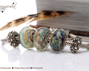 Stormy skies - 1 pc European Beads lampwork blue shining transparent - Charm with a large hole - 925 silver core