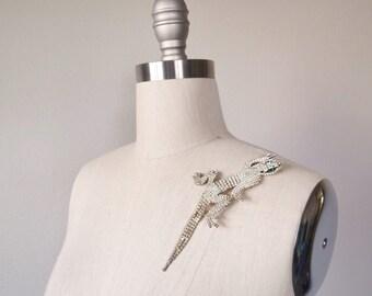 vintage rhinestone articulating lizard shoulder brooch