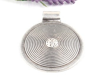 Large Round Circular Tribal Focal Pendant, Silver Plated, 1 piece // SP-287
