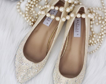WOMEN WEDDING SHOES - Gold Lace Pointy toe flats with rhinestones dazzled at toe - for brides, bridesmaid and wedding party