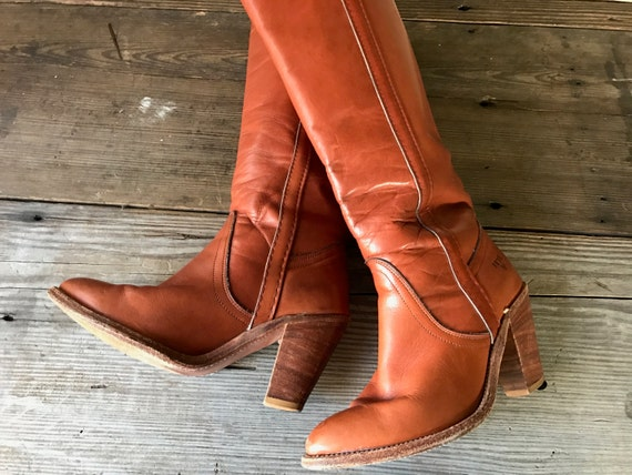 Frye Brown Leather Riding Boots, High Heels, Size 6,5 US, Honey Brown