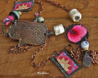 Bohemian necklace-nomad-copper Fatma hand pendant-rustic style-hippie necklace-gypsy necklace-ethnic look-tribal spirit-blue-pink-verdigris